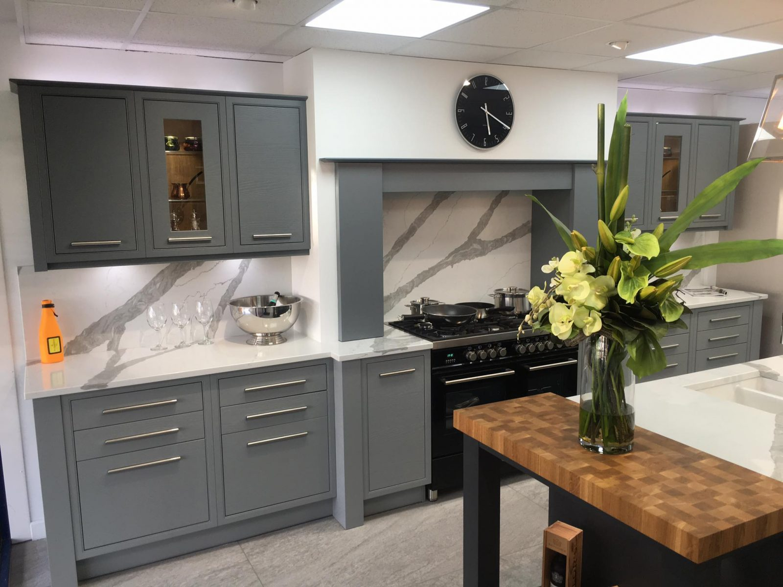 ... Visit Our Kitchen Showroom In Oxford Kitchen Design Project ...