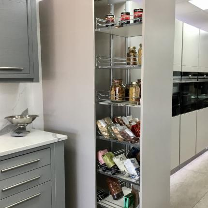 The Pull-Out Larder